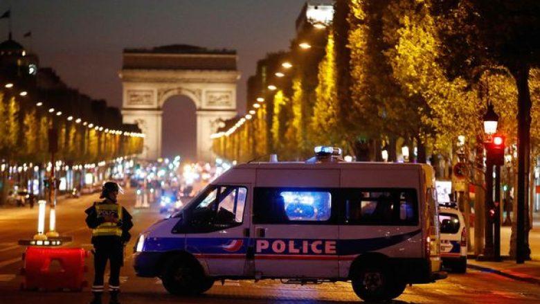 Zbulohet identiteti i sulmuesit në Paris