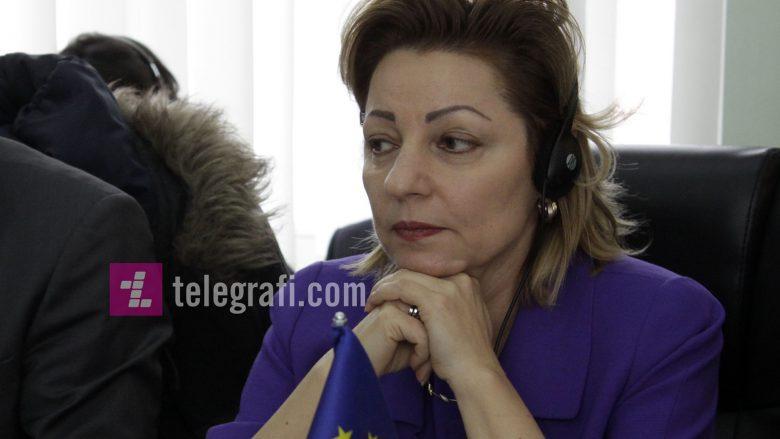 Apostolova: Nuk komunikoj me politikanë të akuzuar