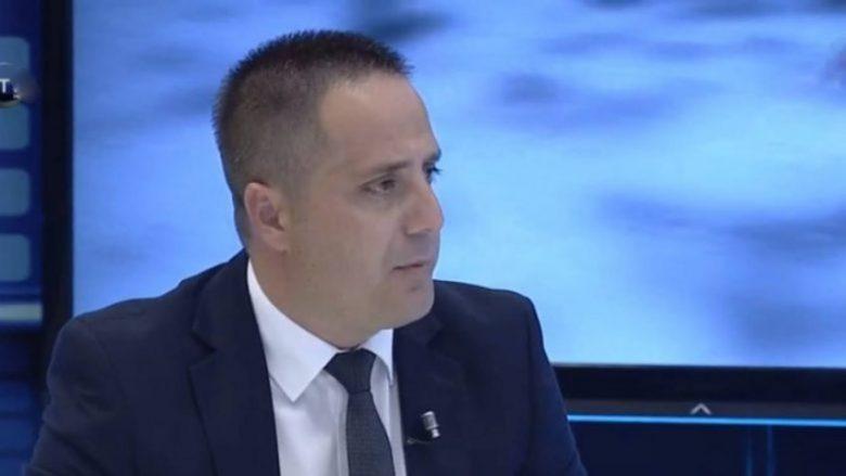 Selmanaj: Arsyeja e themelimit të Gjykatës Speciale është Hashim Thaçi (Video)