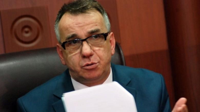 Hasani: Kosova, peng i dhjetë personave