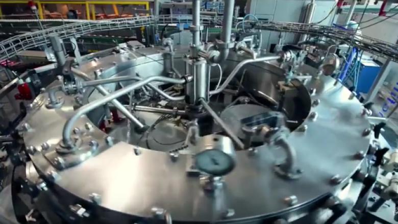 Kjo është arsyeja pse janë konkurrentë edhe në tregjet perëndimore: Shihni se si prodhohen pijet në Kosovë (Video)