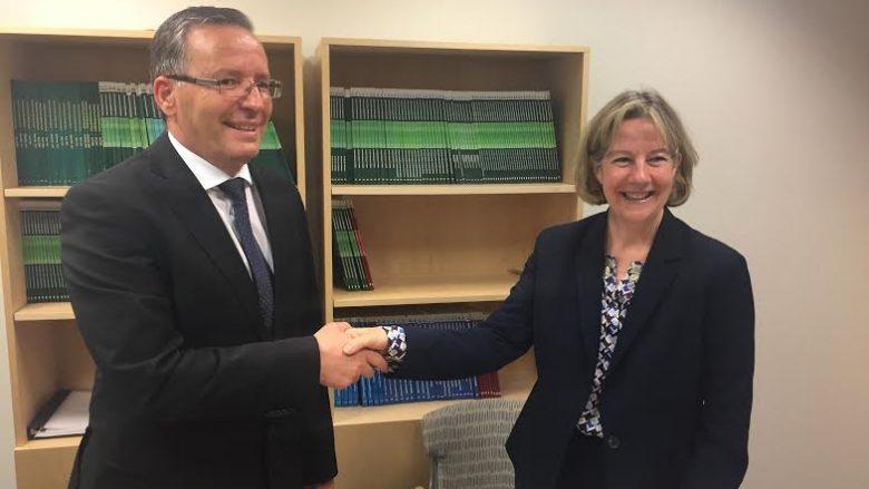 Guvernatori Hamza nënshkroi marrëveshje bashkëpunimi me Bankën për Rezervë Federale të New York-ut