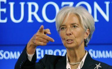 Lagarde: Lufta tregtare SHBA-Kinë po peshon si re e errët mbi ekonominë botërore
