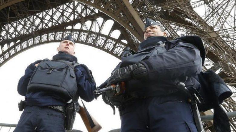 Një polic i vrarë në sulmin në Paris, Shteti Islamik merr përgjegjësinë