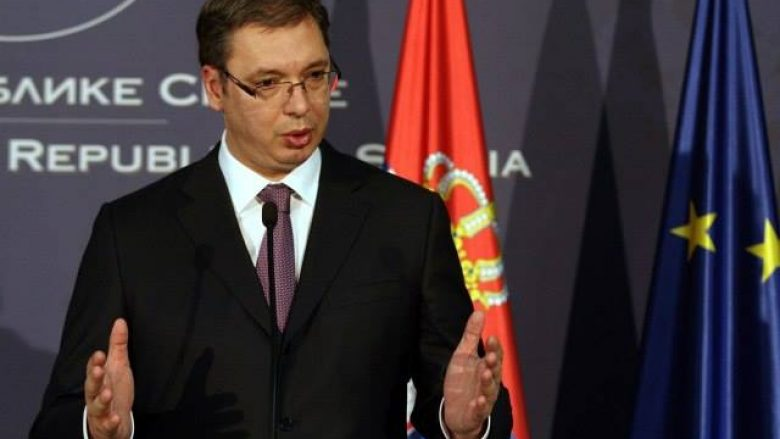 Vuçiq: Shqiptarët të mos flasin për idenë e bashkimit