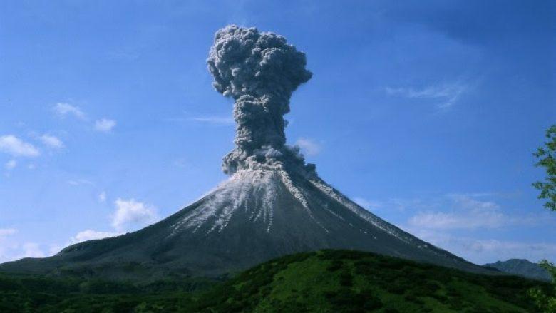 Shkencëtarët rusë krijojnë vullkanin artificial