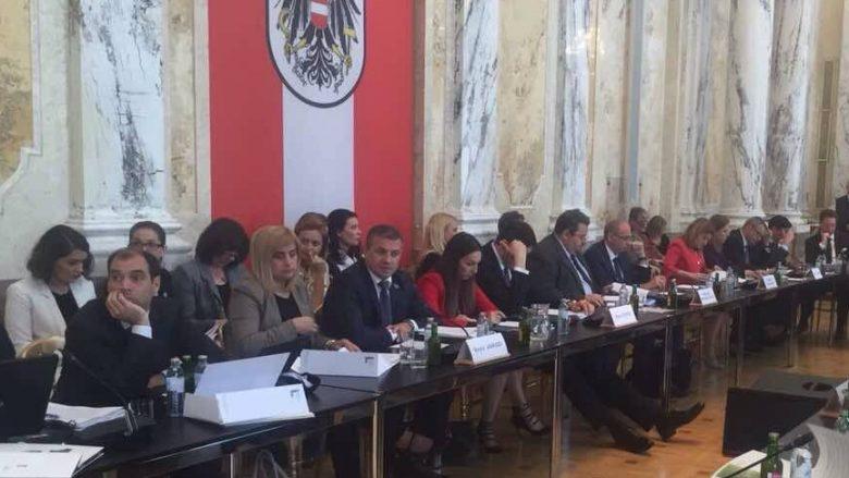 Januzi: Kosova përafron politikat e përbashkëta bujqësore me BE-në