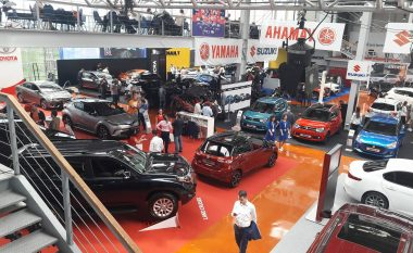 """Hapet panairi i automjeteve të reja """"Prishtina International Autoshow"""" (Foto-Video)"""