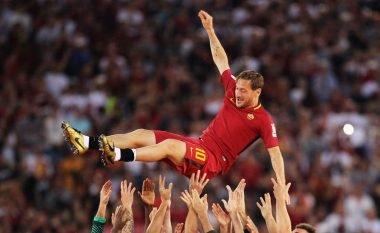 Nëntë legjendat moderne që luajtën më shumë se 700 ndeshje për një klub të madh evropian (Foto/Video)