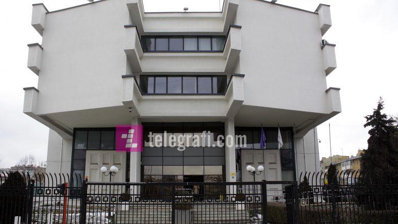 Bizneset dhe qytetarët nuk ia kthejnë bankave mbi 100 milionë euro kredi