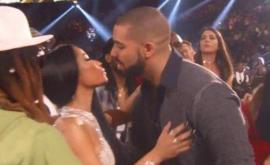 """Drake e quan Nicki Minajn """"dashurinë e jetës së tij"""", pas triumfit në Billboard Awards 2017 (Foto)"""