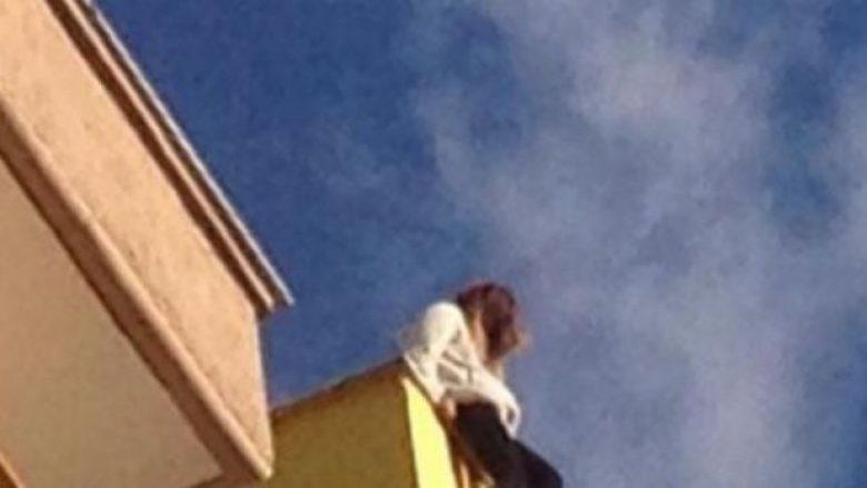Këngëtarja e njohur Caruso bën vetëvrasje, hidhet nga katet e siperme të ndërtesës (Video)