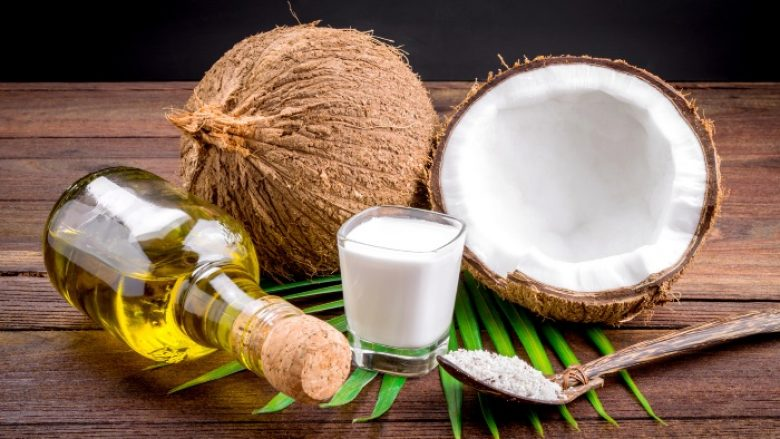 Vaji i kokosit parandalon rrudhat