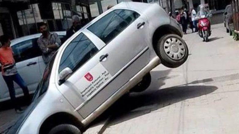 Shikoni ku ka përfunduar vetura zyrtare e Komunës së Pejës (Foto)
