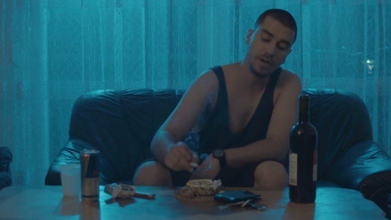 """""""Veç Pak"""", klip i ri nga Dritoni (Video)"""