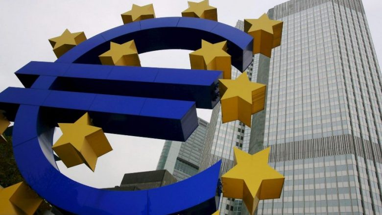 Eurozona redukton suficitin tregtar