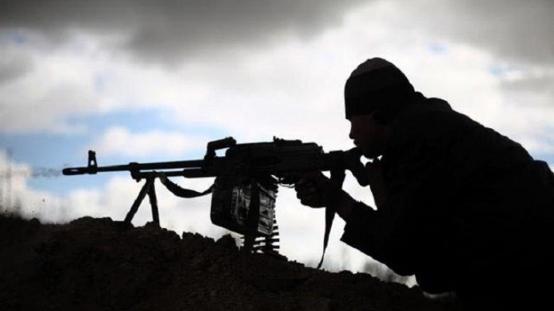 Kthimi i luftëtarëve të huaj kërcënon sigurinë e Ballkanit Perëndimor
