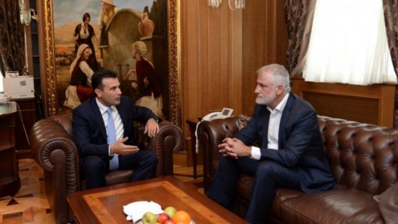 Zaev dhe Thaçi u takuan për reformat dhe sfidat e vendit