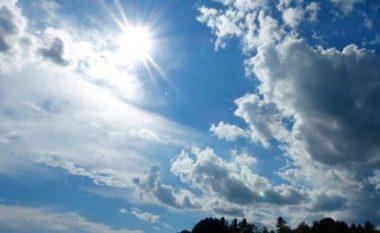 Nesër, mot me diell dhe vranësira