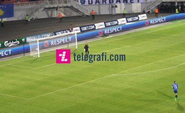 Kosova me zëvendësim të dyfishtë, lëndohet Ujkani - debuton portieri Adis Nurkovic