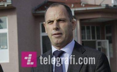 Ramiz Lladrovci e liron nga detyra drejtorin për Buxhet e Financa