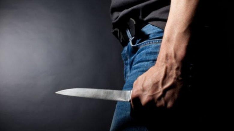 Vdes një i mitur në Prizren, pas therjes me thikë