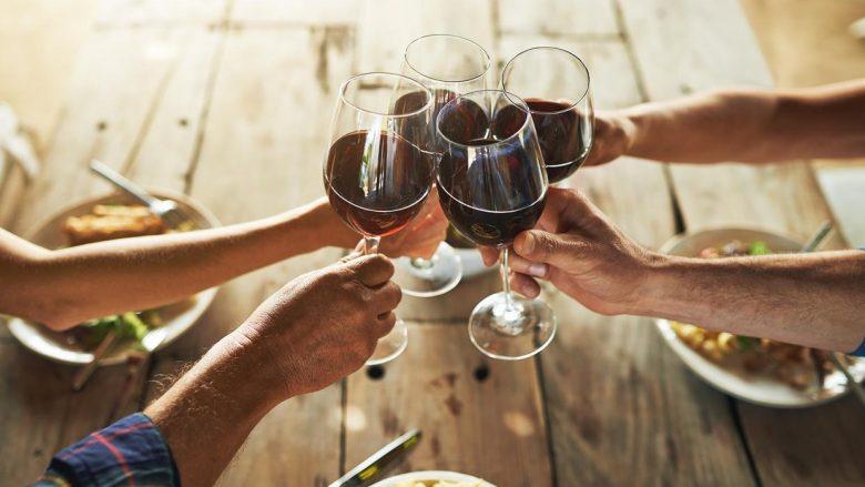 Konsumimi i alkoolit jua përmirëson memorien