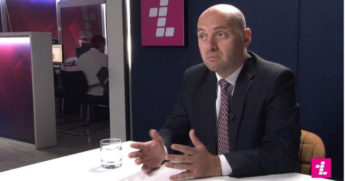 Arifaj: S'ka bisedime sekrete me Serbinë, përcaktimi i kufirit sjell vetëm të mira