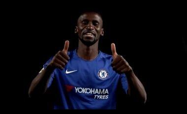 Zyrtare: Rudiger nënshkruan me Chelsean, zgjedh edhe numrin e fanellës (Foto)