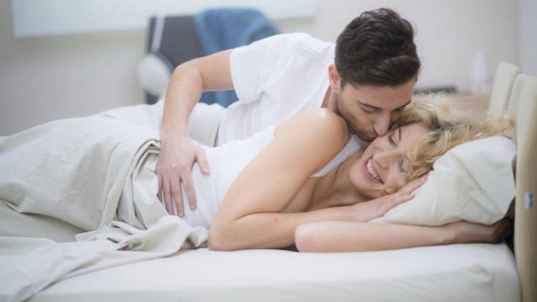 Përgatitni partneres seksin, të cilin kurrë nuk do ta harrojë. Sulmojeni sikur tigër!