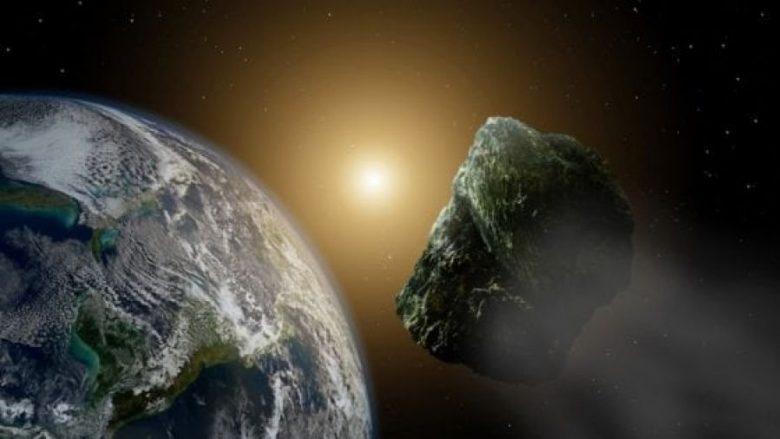 Asteroidi më i madh që kalon sonte pranë Tokës mund të duket me dylbi
