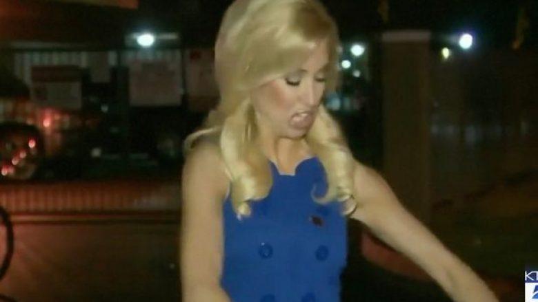I kapet një insekt në fustan derisa po raportonte live, gazetarja për pak sa nuk u çmend nga frika duke bërtitur e kërcyer (Video)