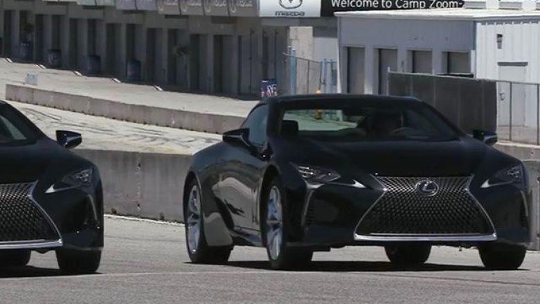 Gara ndërmjet tri modeleve më të mira nga Lexus (Video)