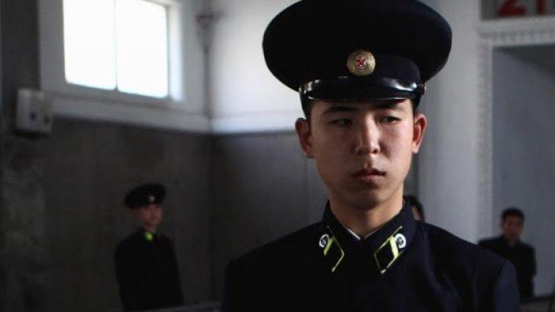 Koreja Veriore bën gati 3,5 milionë vullnetarë për ushtri