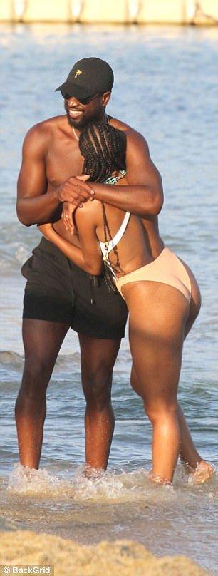 Dwyane wade girlfriend butt — 13