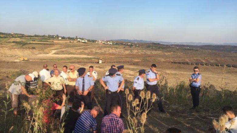 Ndërpritet protesta, banorët e Hades kërkojnë marrëveshje deri të hënën (Foto)