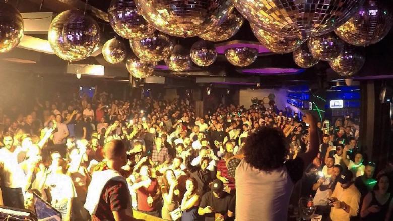 """Dominim i Duplexit, Mc Kresha dhe Lyrical Son refuzojnë """"playbackun"""" duke ndezë atmosferën me publikun (Video)"""