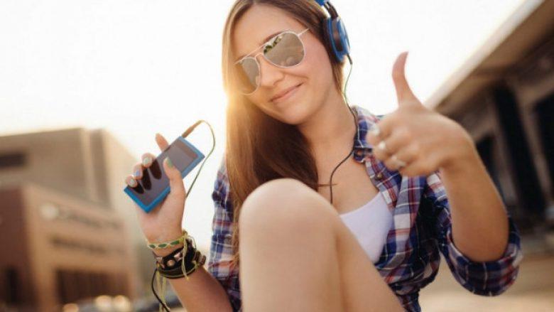 Katër mënyra brilante për ta 'mashtruar' trurin me qëllim që të bëheni më të lumtur
