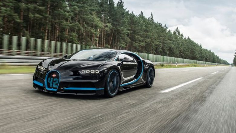 Bugatti me rekord të ri: Për 41 sekonda arrin shpejtësinë prej 400 kilometra në orë (Video)
