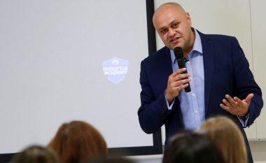 Ketan Makwana, inovatori ikonë i dekadës, i bashkohet si folës Konferencës së Marketingut Digjital – AllWeb Albania