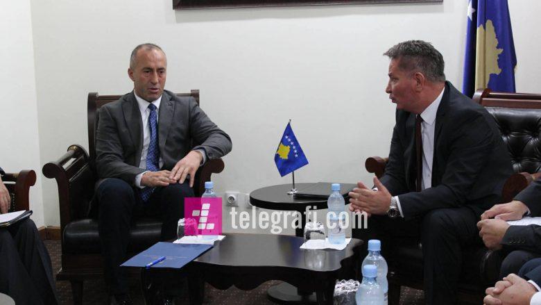 """Haradinaj bisedon me Lekajn për autostradën """"Arbën Xhaferi"""""""
