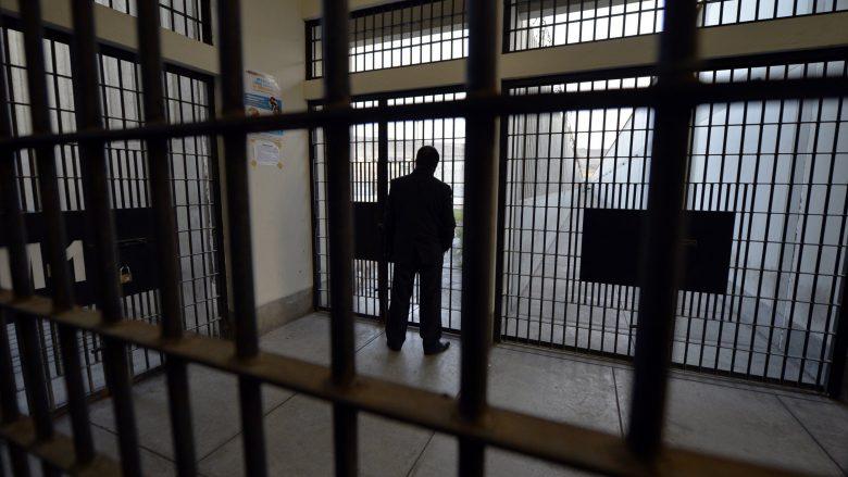 Të burgosurit shembullorë në Maqedoni do të përfitojnë masa ndihmëse kulturore