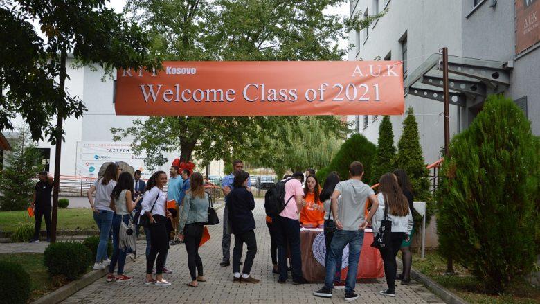 Rreth 100 studentë të ri i bashkëngjiten Universitetit të vetëm Amerikan në Kosovë – RIT Kosovo (A.U.K) College