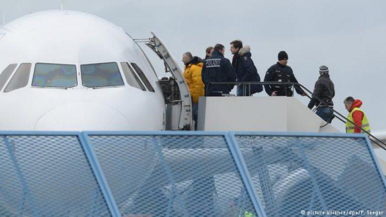 Vazhdojnë dëbimet e azilantëve, nga Gjermania
