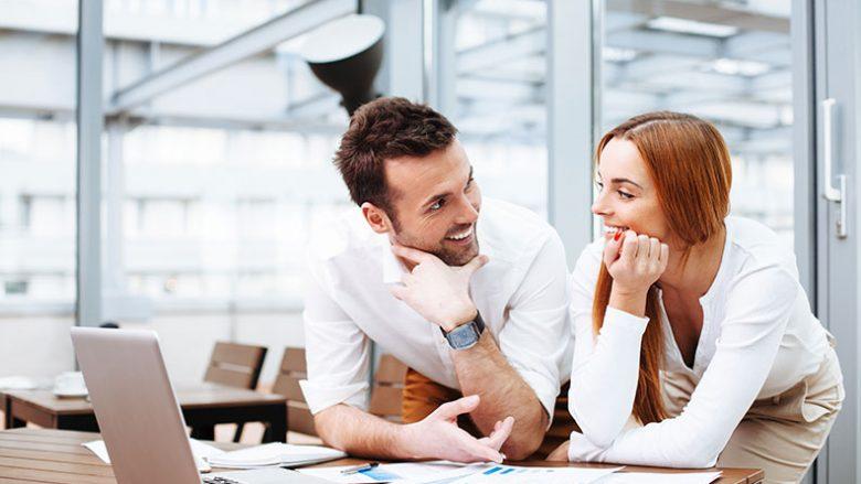 Flirti: Dallimet midis meshkujve dhe femrave