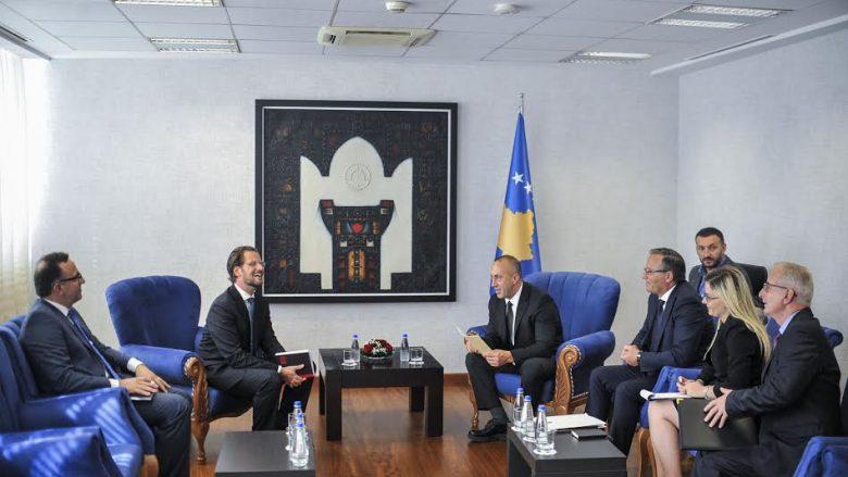 Haradinaj priti përfaqësuesin e përhershëm të FMN-së për Kosovën, Ruud Vermeulen