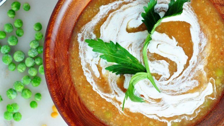 Çorbë me bullgur dhe jogurt