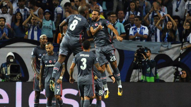 Casillas pëson supergol prej sulmuesit turk (Video)
