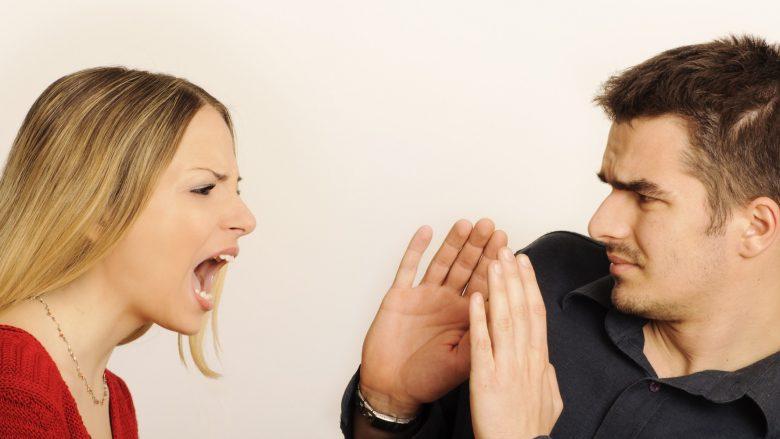 Fjalë të urta të cilat do t'ju bëjnë që të mendoni: Përse njerëzit bërtasin kur grinden?