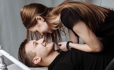Ku e shikojnë meshkujt partneren gjatë seksit